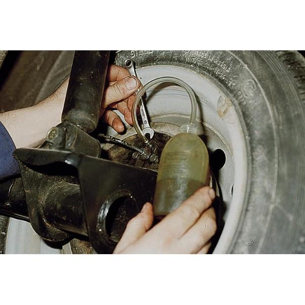Как прокачать тормоза на уаз видео